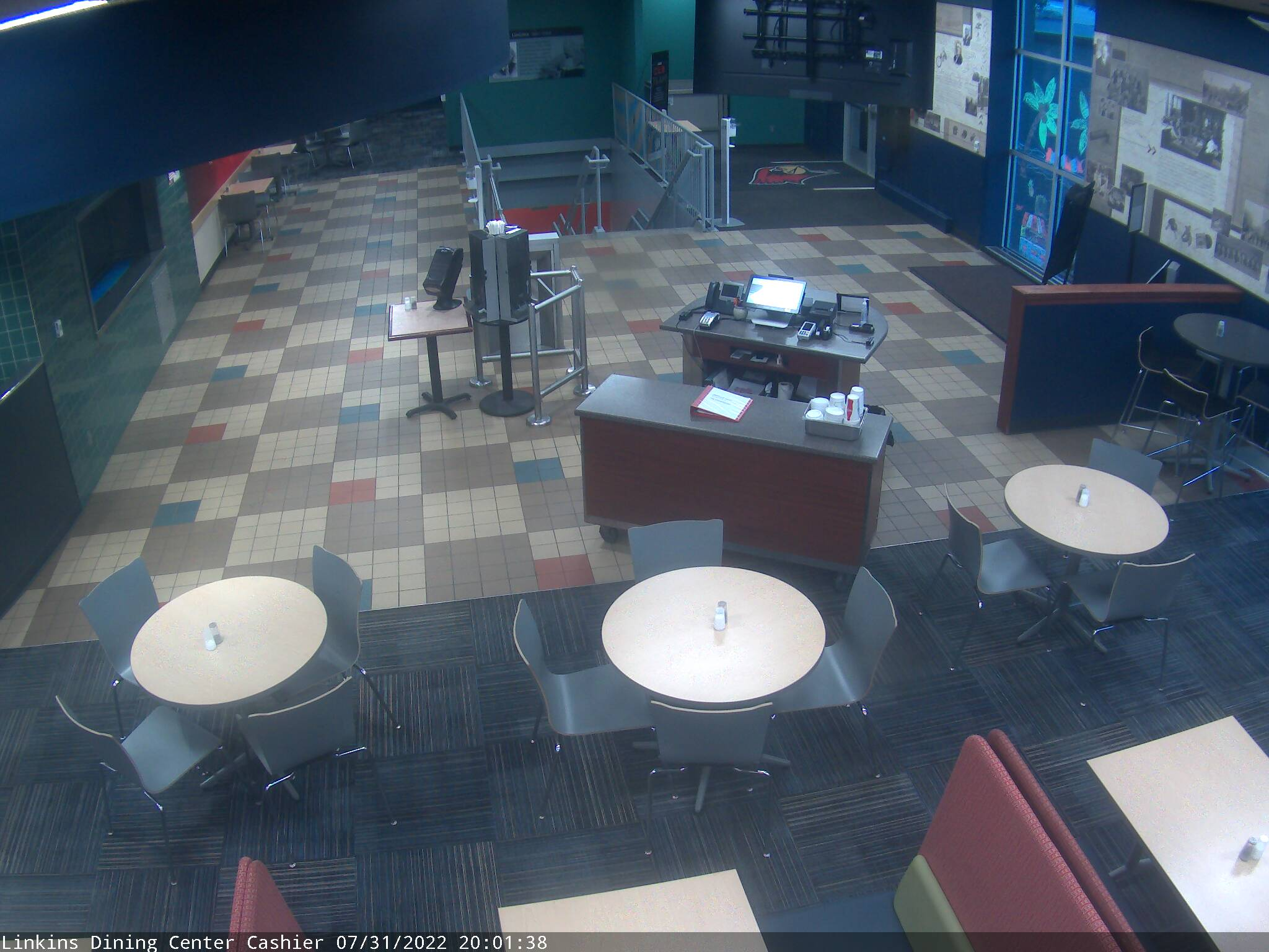 Linkins traffic cameras campus dining illinois state for Watterson dining